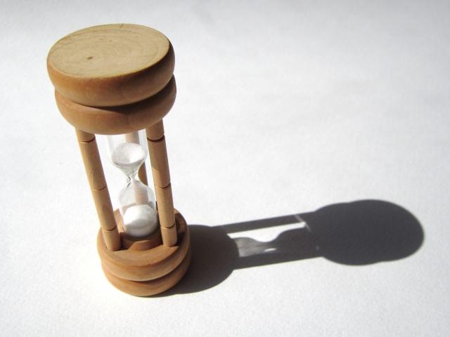 時間を図れる砂時計